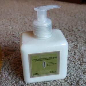 NWT L'Occitane Verveine lotion